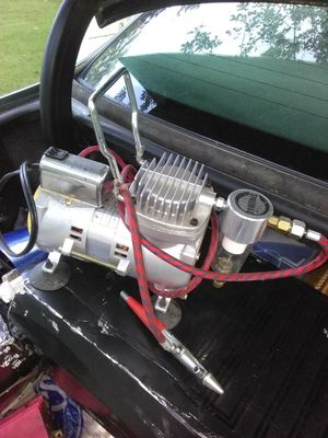 SPARMAX AIRBRUSH AIR COMPRESSOR for Sale in Atlanta, GA