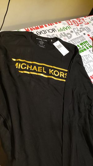 Michael kors new long shirt for Sale in ROWLAND HGHTS, CA