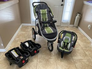 Graco Click Connect Travel System - car seat, jogging stroller and two car seat bases for Sale in Auburndale, FL