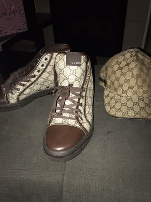 Men's Gucci size 9 for Sale in Denver, CO