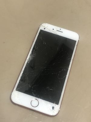 iPhone 6s - For Parts for Sale in Pittsburgh, PA