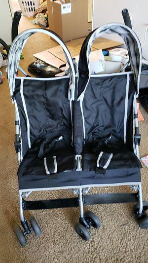 DELTA Double stroller for Sale in Gresham, OR