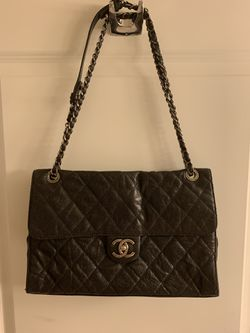 Classic chanel bag Authentic with the card. Excellent shape for Sale in Rockville,  MD