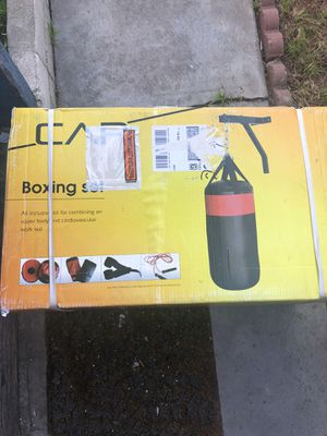 Punching bag kit for Sale in Gardena, CA
