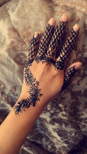 Henna Artist for Sale in Cherry Hill, NJ