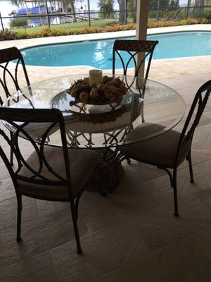 """54"""" GLASS TOP BREAKFAST TABLE (Seats 4) for Sale in Orlando, FL"""