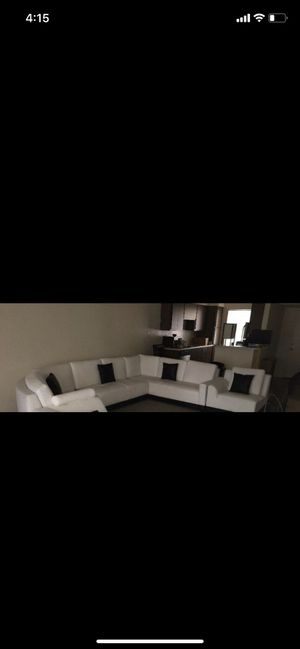 White Leather Couch Set for Sale in Phoenix, AZ