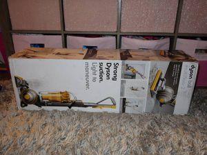 Dyson Multi-Floor 2 Vacuum for Sale in Citrus Heights, CA