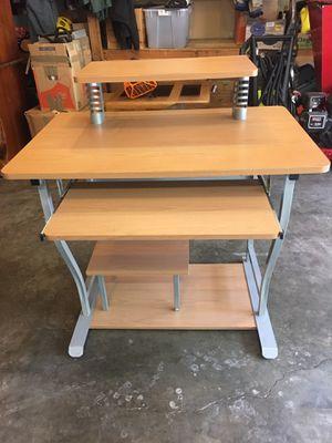 Computer desk for Sale in Edgewood, WA