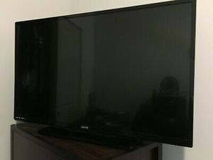 43 inch sanyo flat screen TV $50 with wall mount for Sale in Port Acres, TX