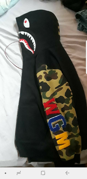 A bathing ape hoodie medium for Sale in Philadelphia, PA