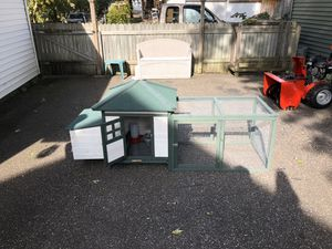 Chicken coop for Sale in Saint Paul, MN