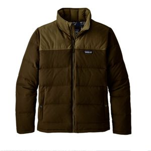Men's size medium Patagonia jacket brown color for Sale in Castro Valley, CA