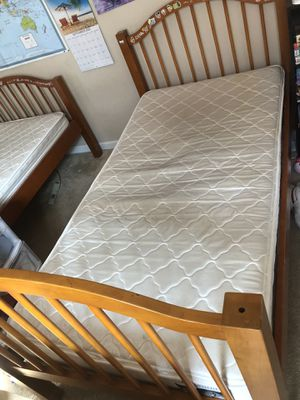 Twin beds, mattresses, (bunk bed) dresser. for Sale in Lathrop, CA
