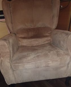 Wingback Recliner Chair for Sale in Seattle,  WA