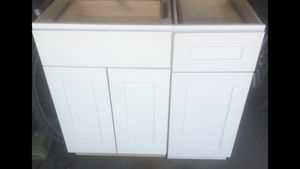 2-Piece Kitchen Cabinets New! for Sale in Chicago, IL