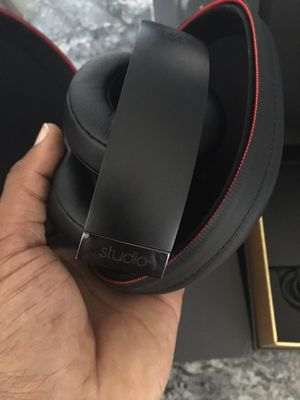 Beats by Dre studio 3 wireless for Sale in Miramar, FL
