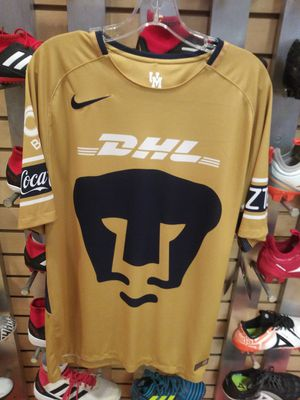 Pumas original jersey size xl for Sale in West Covina, CA
