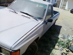 Sevende esta toyota for Sale in Rosarito, MX