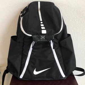 Nike Elite Max Air Team 2.0 Basketball Backpack for Sale in Columbus, OH