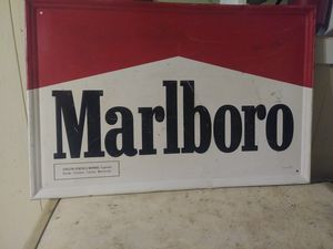 Vintage Marlboro tin hanging sign for Sale in Park Rapids, MN