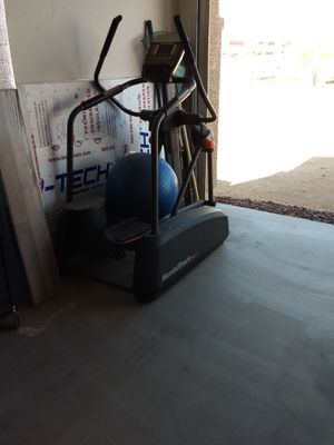 nordictrack act elliptical for Sale in Arlington, AZ
