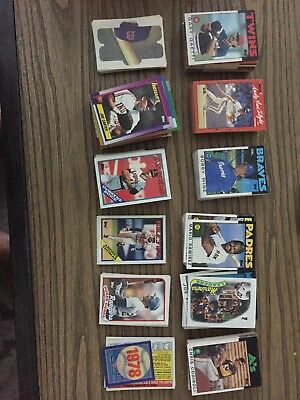 Few thousand classic baseball cards variety years 70s to 09 for Sale in Wichita, KS