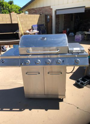 BBQ grill with searing burner and tank for Sale in Mesa, AZ