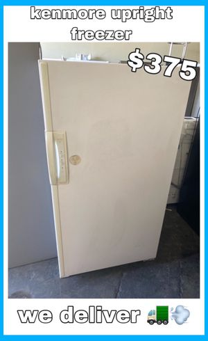 KENMORE UPRIGHT FREEZER for Sale in Fountain Valley, CA