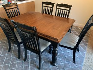 DINING SET 6 chairs 1 LEAF LIKE NEW for Sale in Fresno, CA