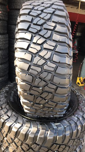 BFGoodRich 35/12.50R17 KM3 tires (4 for $600) for Sale in Whittier, CA