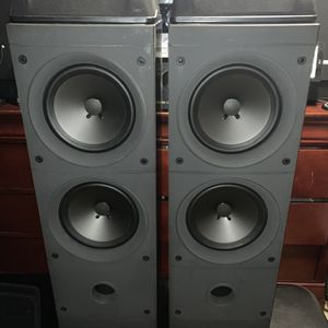 Vintage rear Optimus Pro LX-10 tower speaker for Sale in San Jose, CA