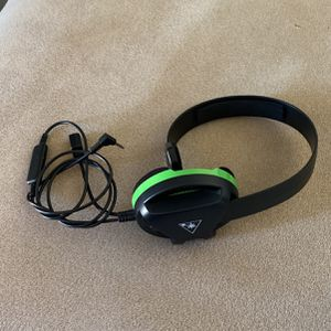 Turtle Beach Recon Chat Headset for Xbox One and Xbox Series X|S 3 for Sale in Vero Beach, FL