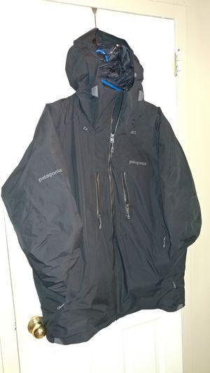 Brand new mens Patagonia recco coat Black for Sale in Boston, MA