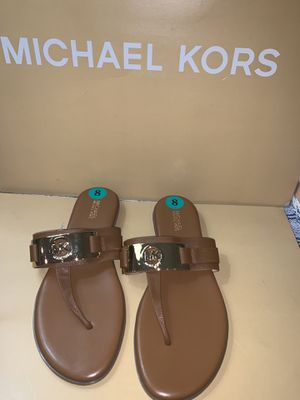Michael Kors sandalias 👡 size 8 for Sale in Santa Ana, CA
