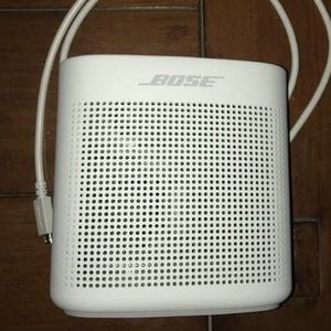 Bose Speaker Soundlink Color Bluetooth for Sale in Fountain Valley, CA