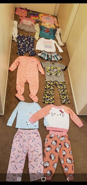 Size 3 years girl clothes for Sale in Anaheim, CA