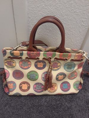 Authentic Dooney & Bourke medium sized bag for Sale in Vancouver, WA