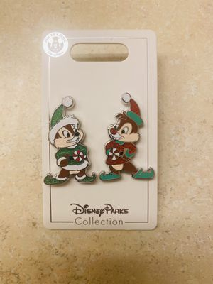 Disney Parks Holiday Christmas 2020 Chip And Dale Two Pin Set New for Sale in Kissimmee, FL