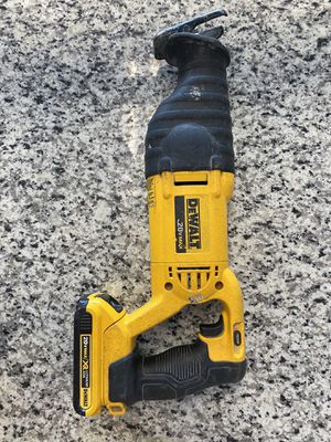 Dewalt DCS381 20V Cordless Battery Reciprocating Saw Max 20 volt Variable Speed w/ battery #16418-1 for Sale in Revere, MA