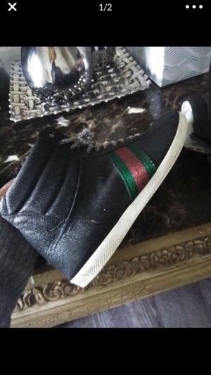 Gucci high tops size 39... size 8.5/9 for Sale in Murfreesboro, TN