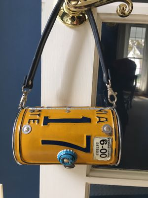 License plate purse for Sale in Millersville, MD