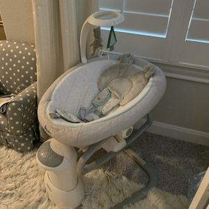 Graco Everyway Baby Soother for Sale in Richmond, TX