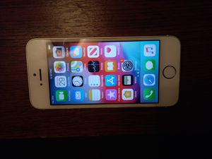 iPhone 5s unlocked 16gb for Sale in Kissimmee, FL