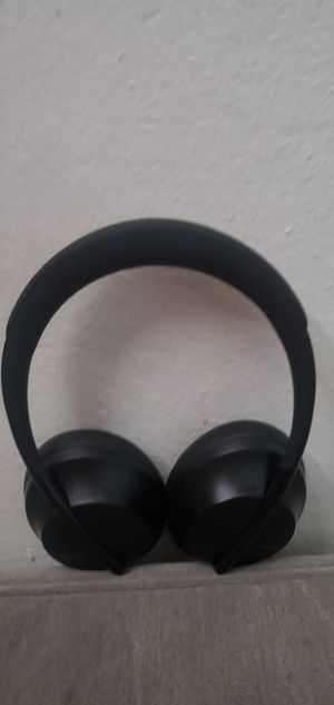 Bose noise cancelling headphones for Sale in San Jose, CA