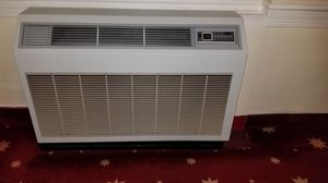 Ductless heat pump ac unit for Sale in Montgomery Village, MD