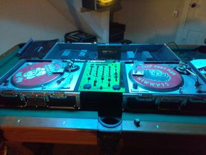 Dj equipment for Sale in Larksville, PA