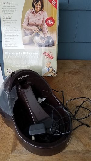 Petmate Fresh Flow Cat Drinking Fountain for Sale in Leominster, MA