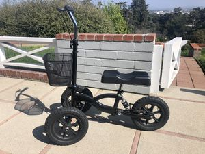 Knee Scooter for Sale in Pomona, CA