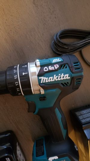 Makita lxt brushless drill battery and charger for Sale in Modesto, CA